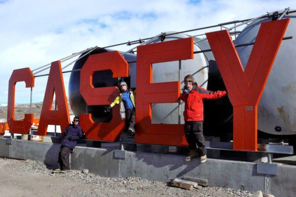 antarctica-casey-sign